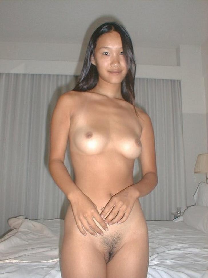 Naked asian girls outdoors-1656