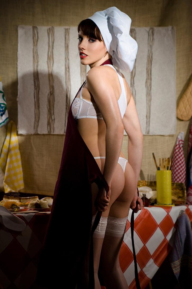 Сабина готовит сексуальный десерт / фото 04