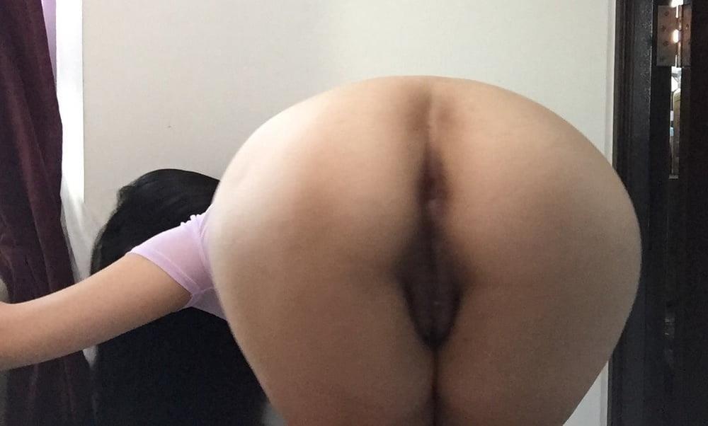 Busty pics naked-6373