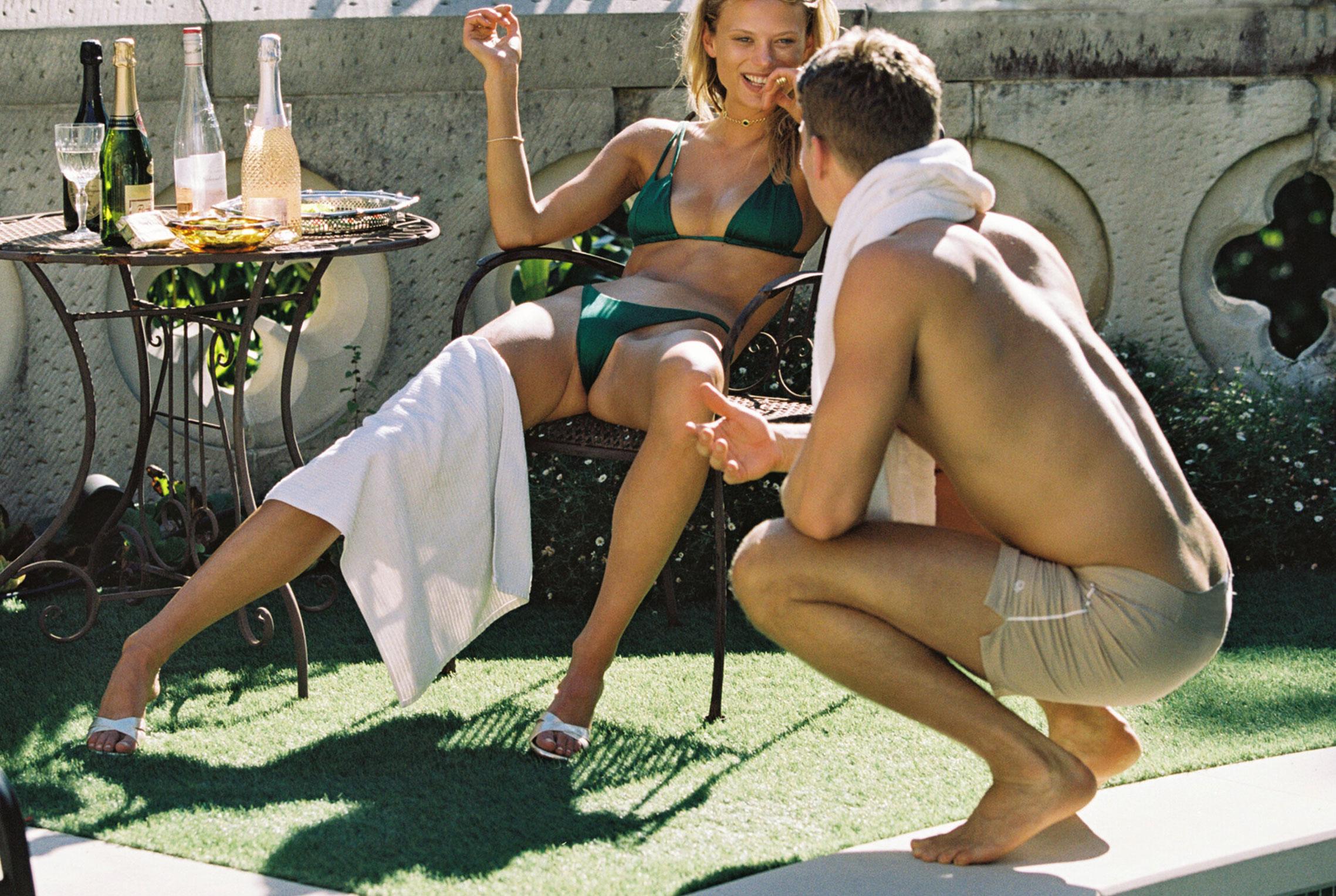 гедонистические развлечения богемы в рекламной кампании коллекции курортной одежды Sommer Swim 2020 / фото 12