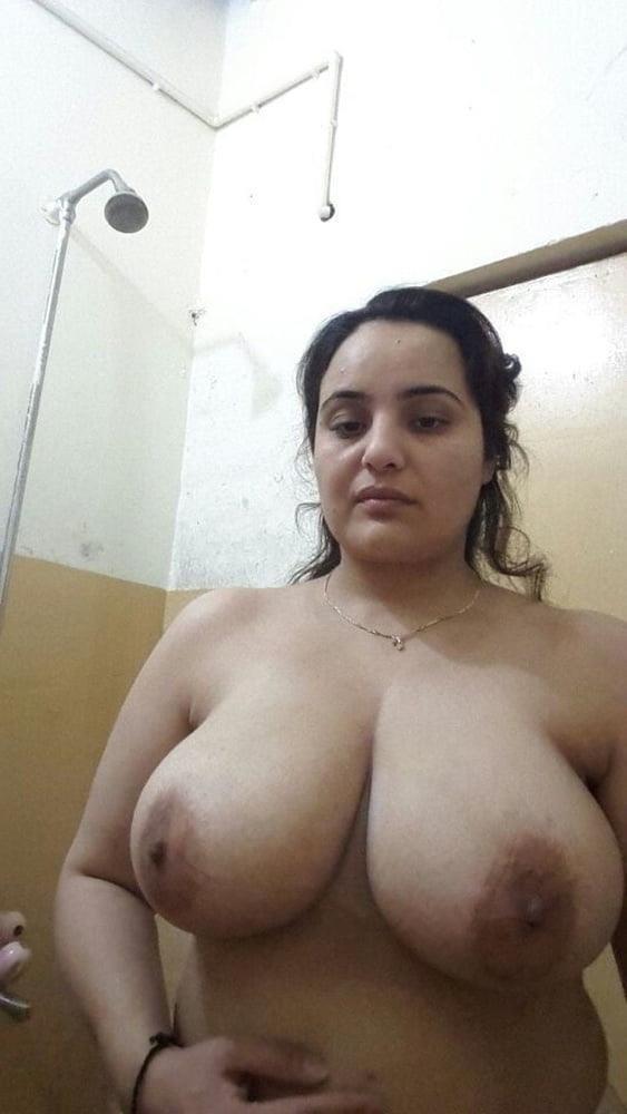 Big boobs lady pic-4850