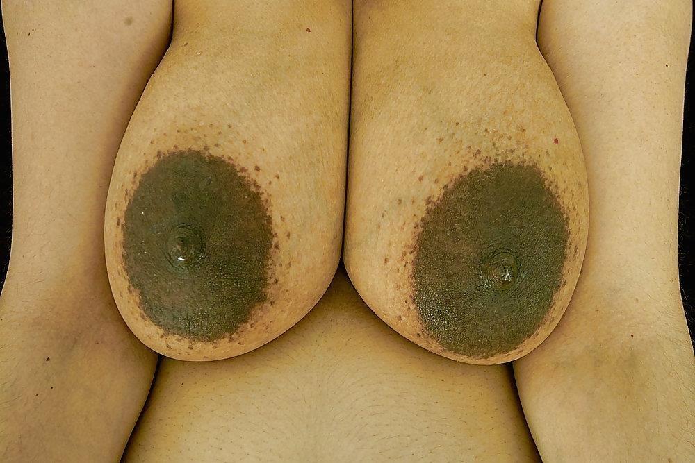 Big natural tits lactating-8725