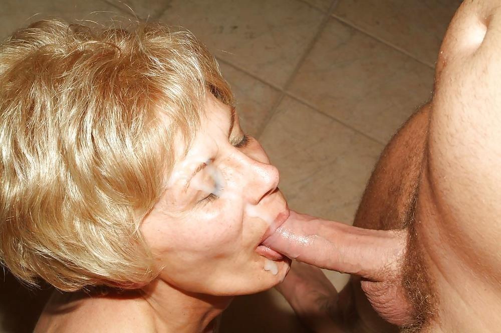 Amateur mature blowjob pics-9508