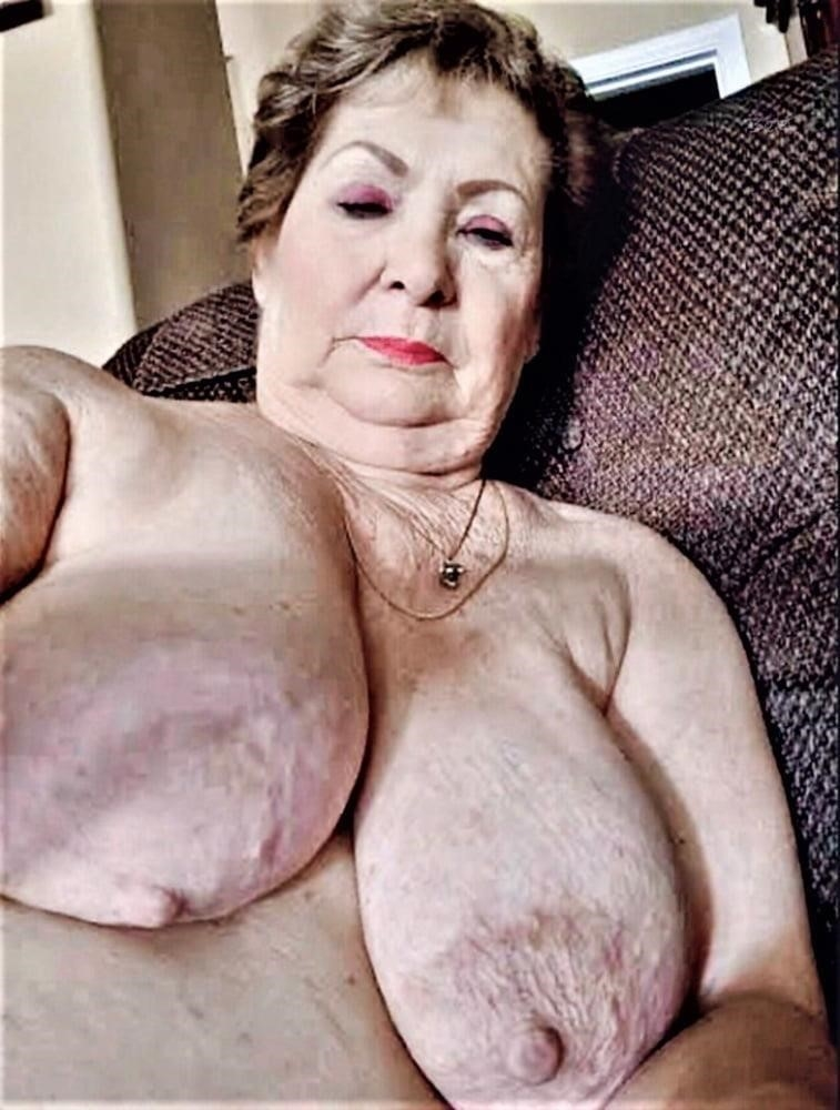 Pics naked grannies-6312