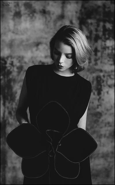 Anya Taylor-Joy 2Knwrk8d_o