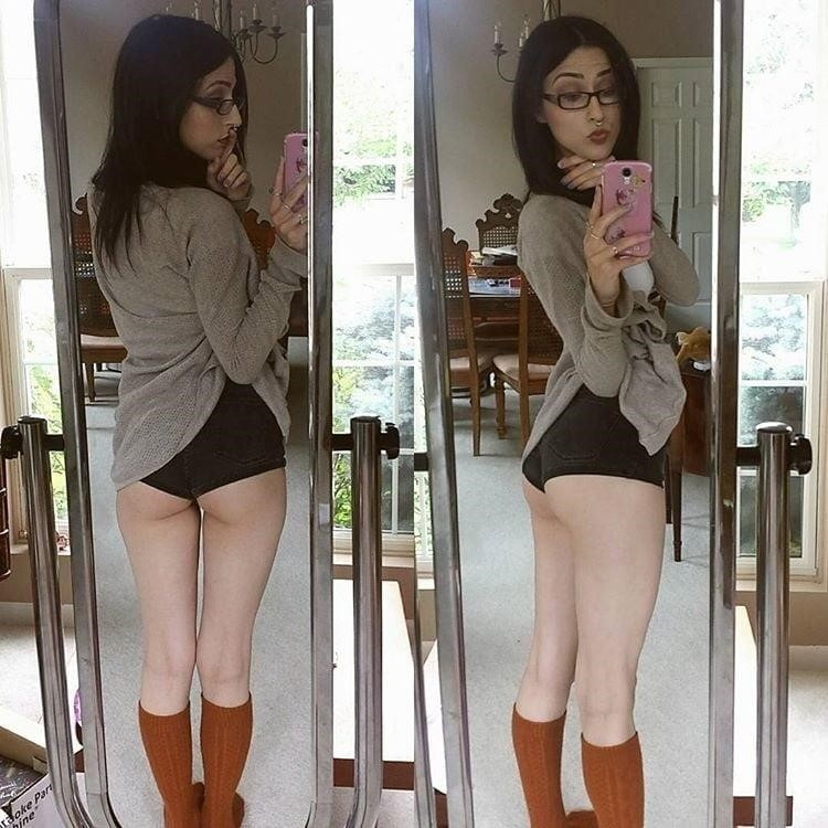 Sucking nude pics-2947