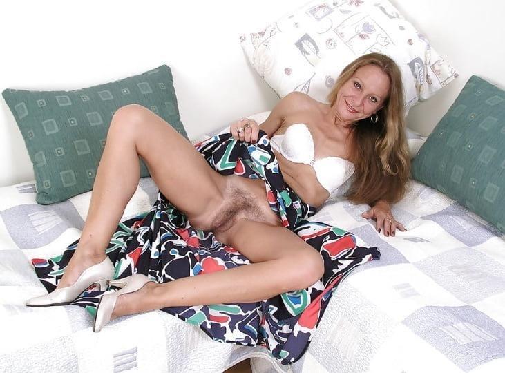 Mature high heels pictures-1053