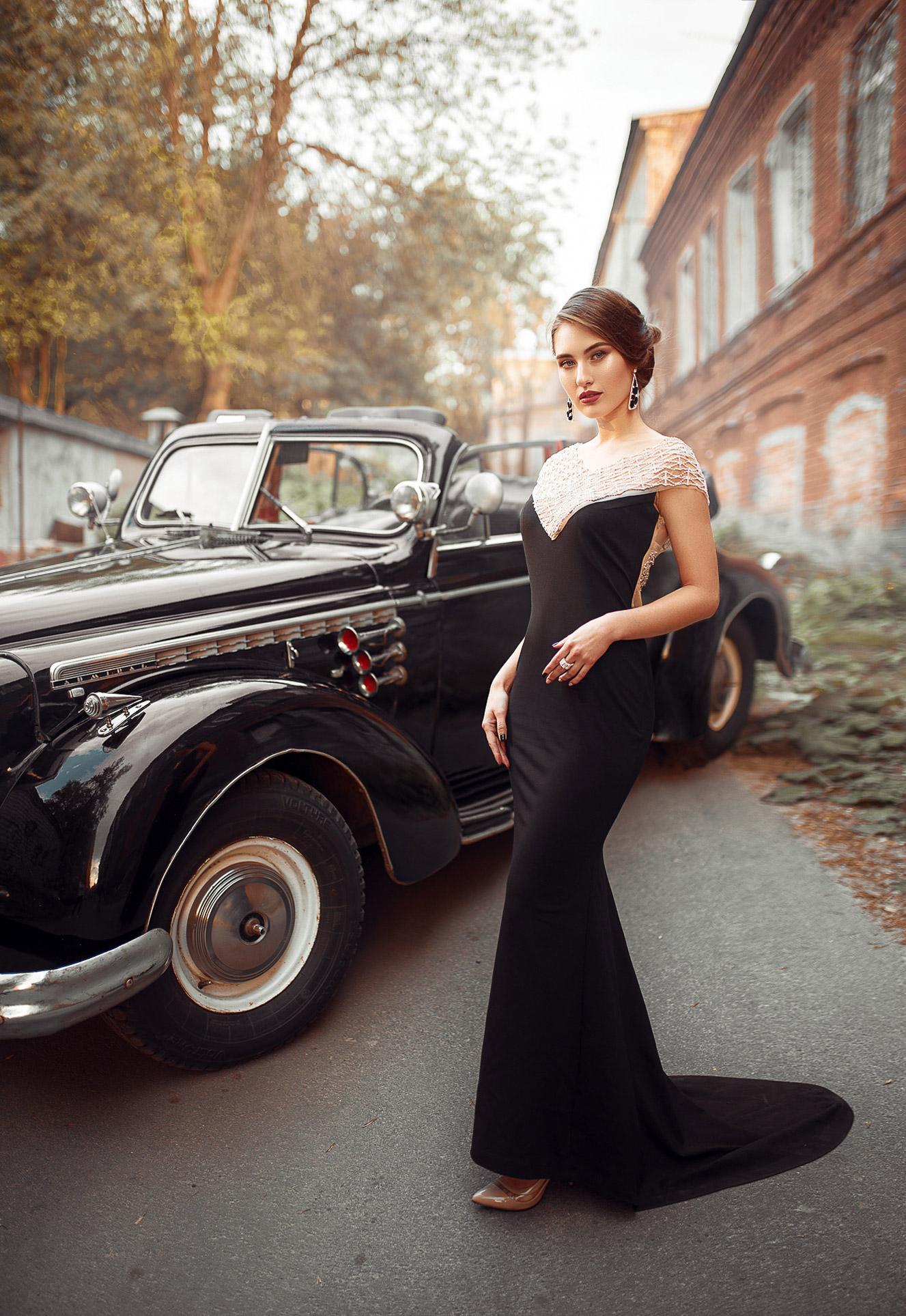 Retro car by Maks Kuzin