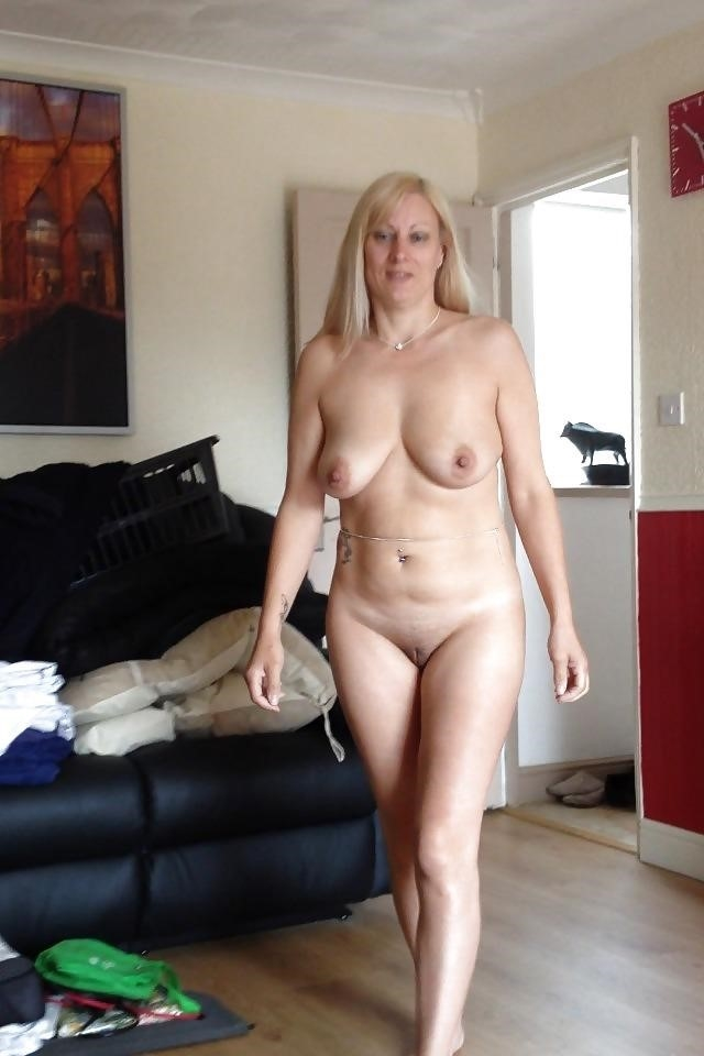 Real mature nudes-9026
