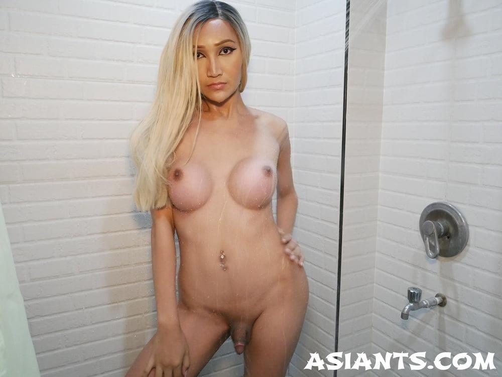 Ladyboy with girl porn-6668