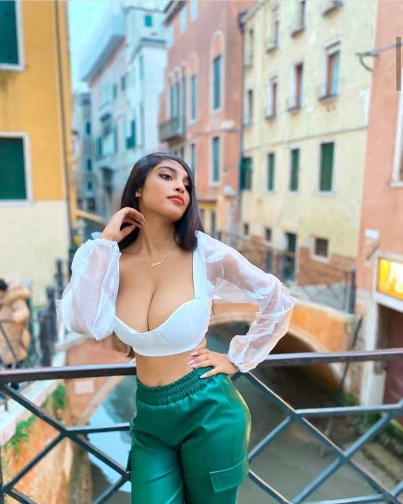 Desi college girls kissing-9418