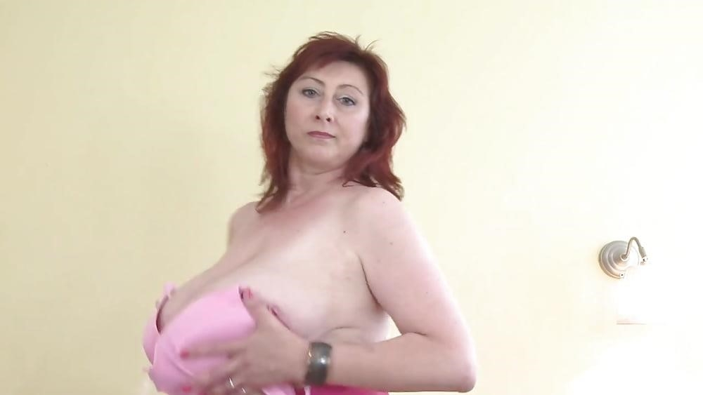 Huge boobs mature porn-7837