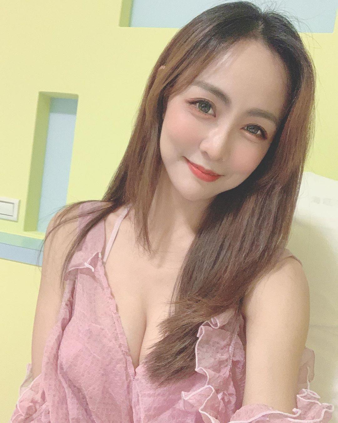 OL3p7EHA o - IG正妹—蜜糖甜心蔡小佩