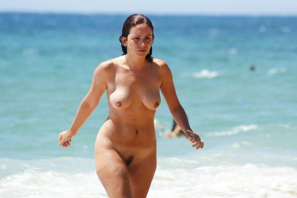 Nude beach bukkake-8973