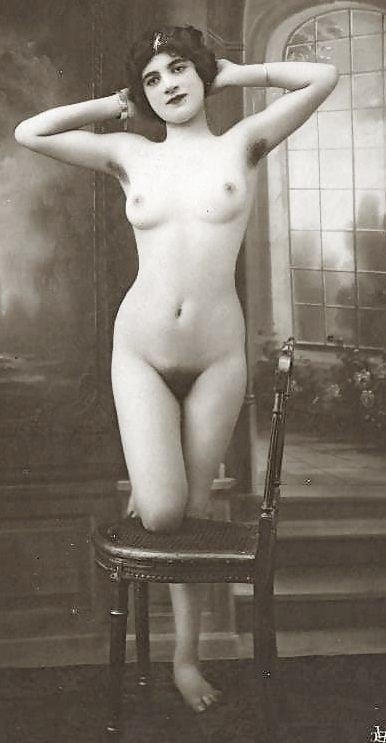 Older nude hairy women-2533