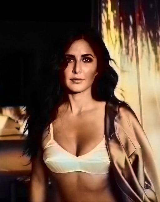 Katrina kaif sister leaked mms-7249