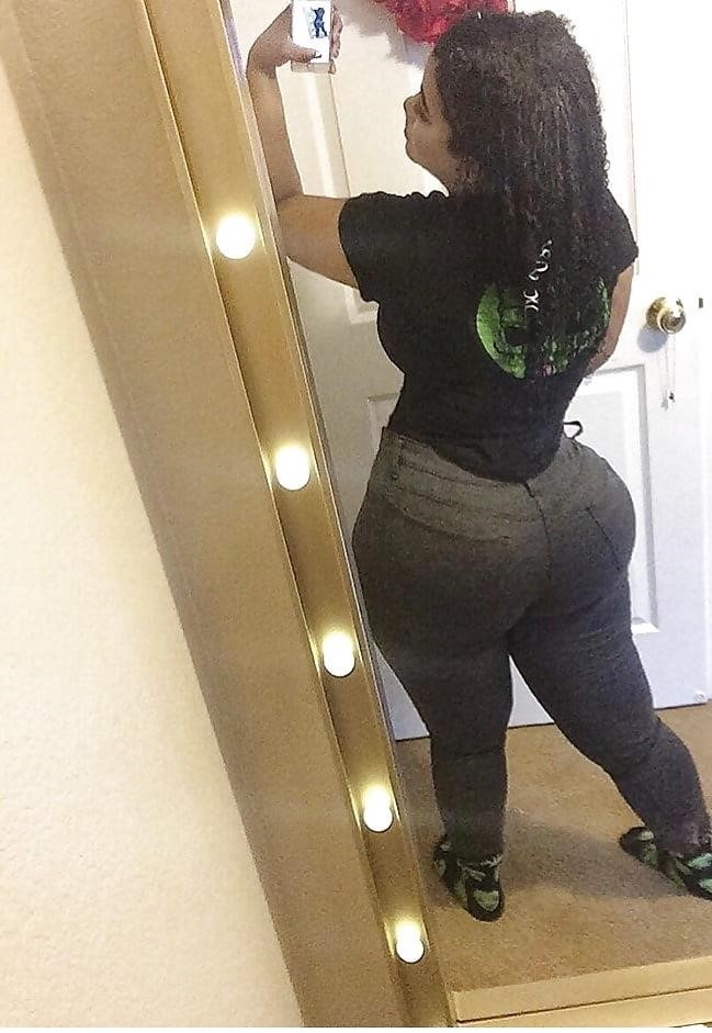 Thick black booty solo-9897