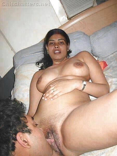Hot tamil aunty in bed-5430