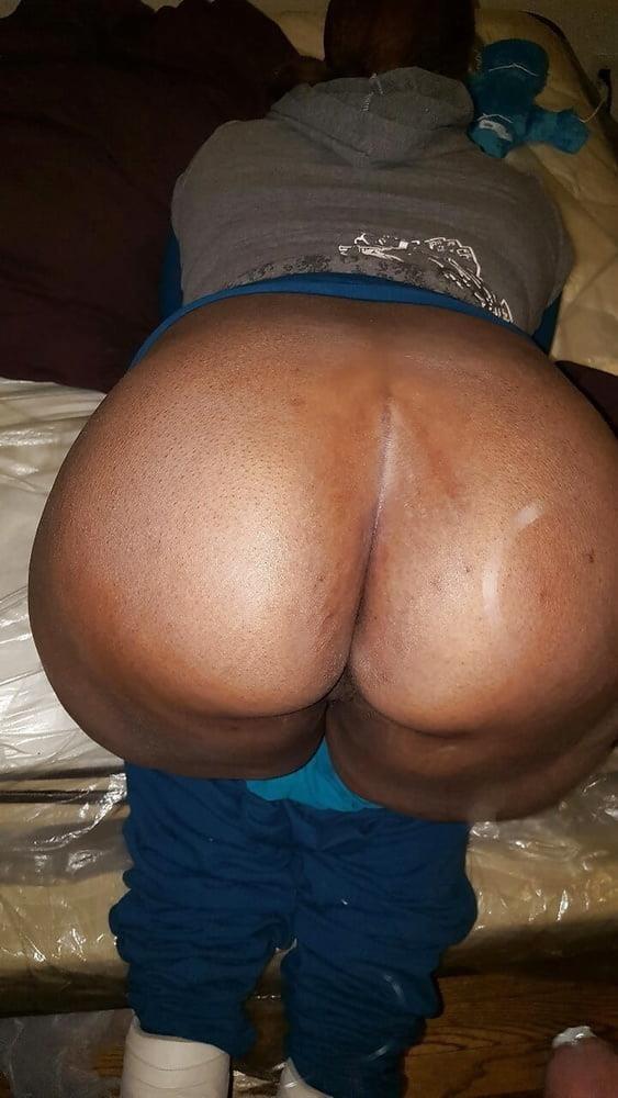 Eating big black booty-7659