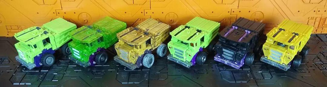 [Toyworld] Produit Tiers - Jouet TW-C Constructor aka Devastator/Dévastateur (Version vert G1 et jaune G2) - Page 11 M2vTvqQo_o