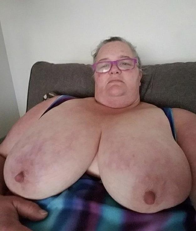 Ssbbw granny masturbation-2481