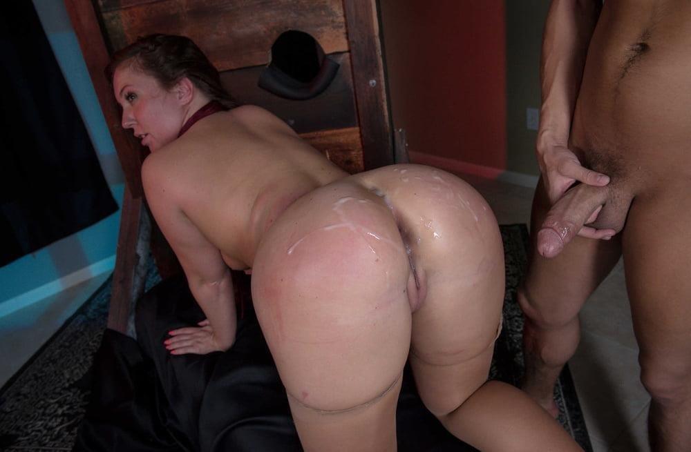 Free hot mom anal-7616