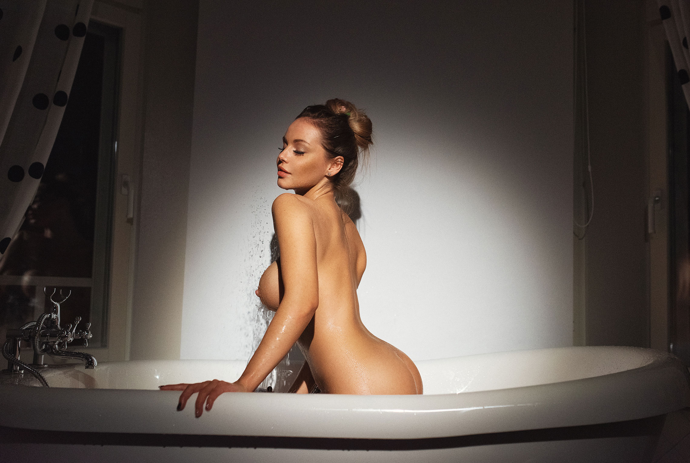 Сексуальная Кира (@angel_milkis) принимает ванну / фото 06