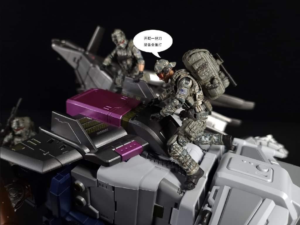 [Zeta Toys] Produit Tiers - Armageddon (ZA-01 à ZA-05) - ZA-06 Bruticon - ZA-07 Bruticon ― aka Bruticus (Studio OX, couleurs G1, métallique) - Page 6 HKr4escD_o