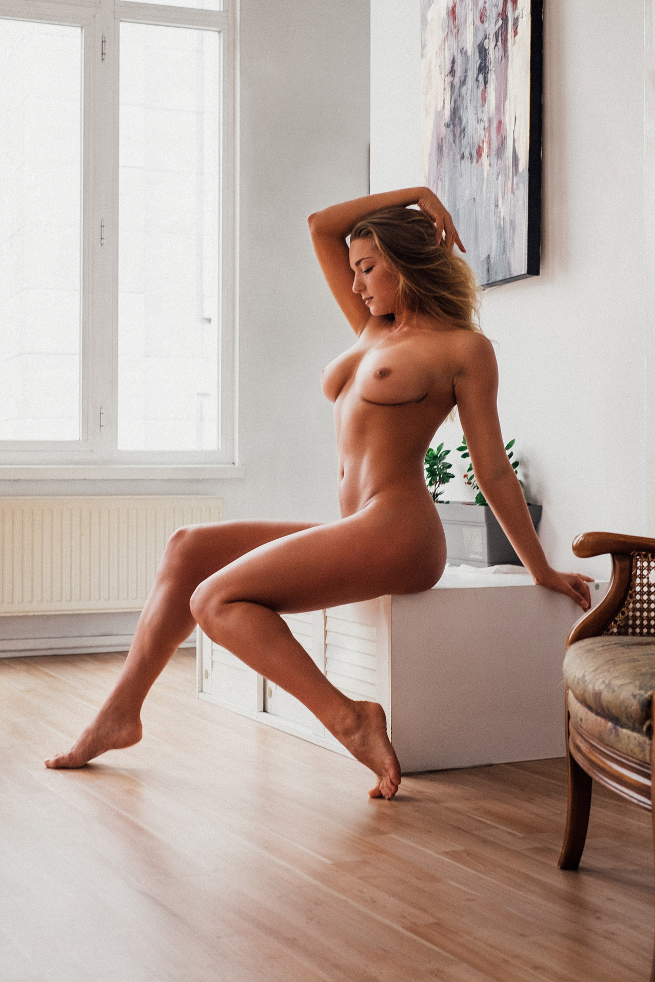 Nicola Wills nude by Julien LRVR