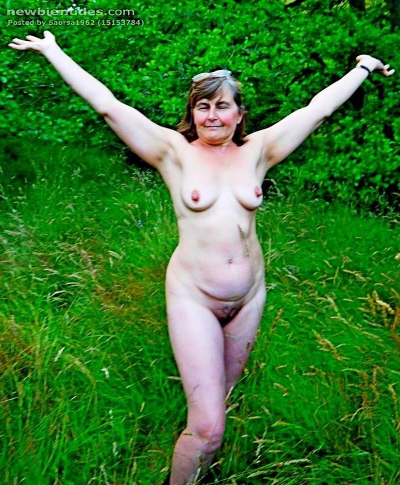Older nude hairy women-7006