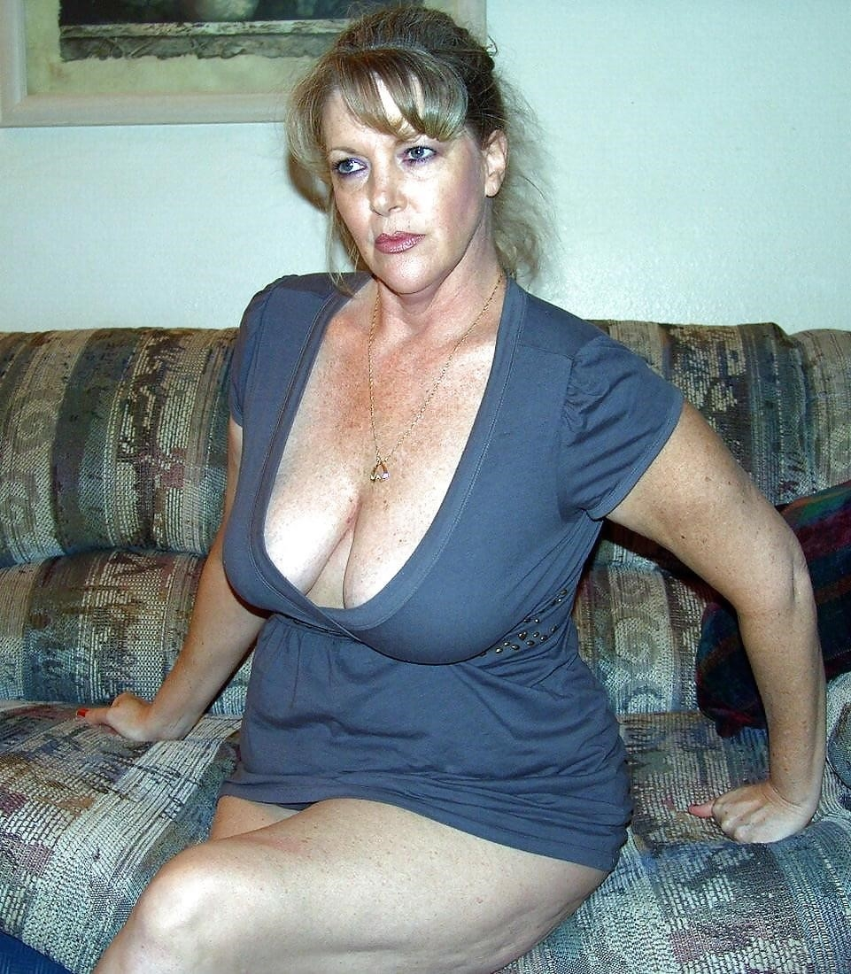 Beautiful naked mature women pics-7245