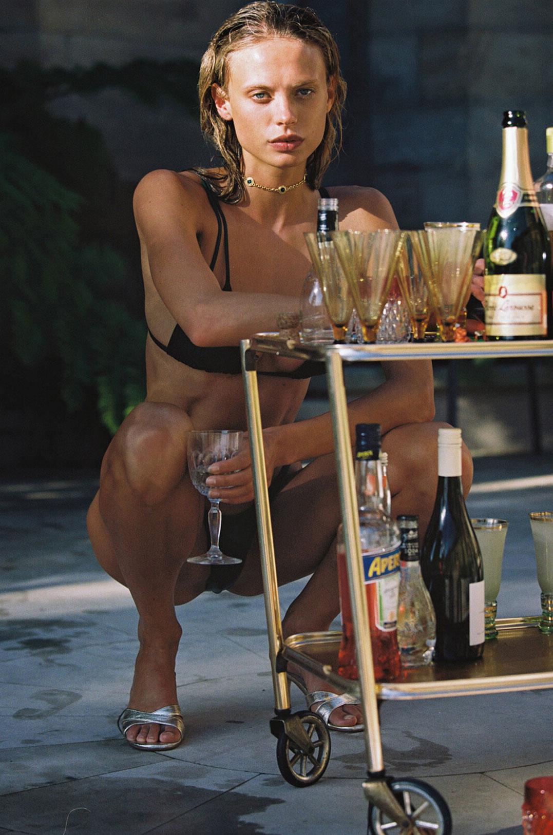 гедонистические развлечения богемы в рекламной кампании коллекции курортной одежды Sommer Swim 2020 / фото 18