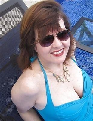Beautiful mature women in bikinis-6125