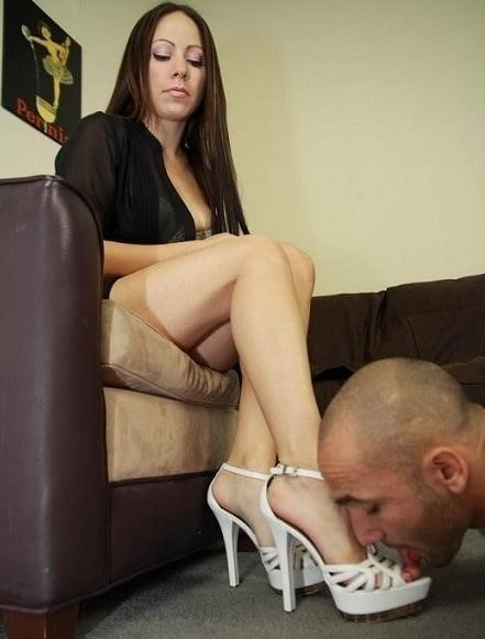Feet slave thumbzilla-8211