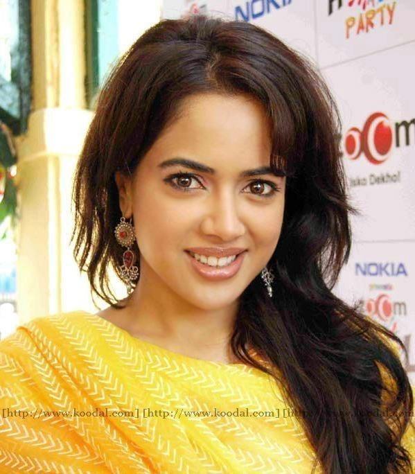 Sameera reddy sexy photos-6045