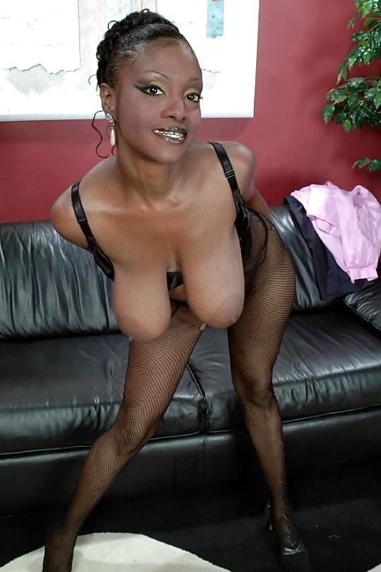 Busty ebony mature pics-4499