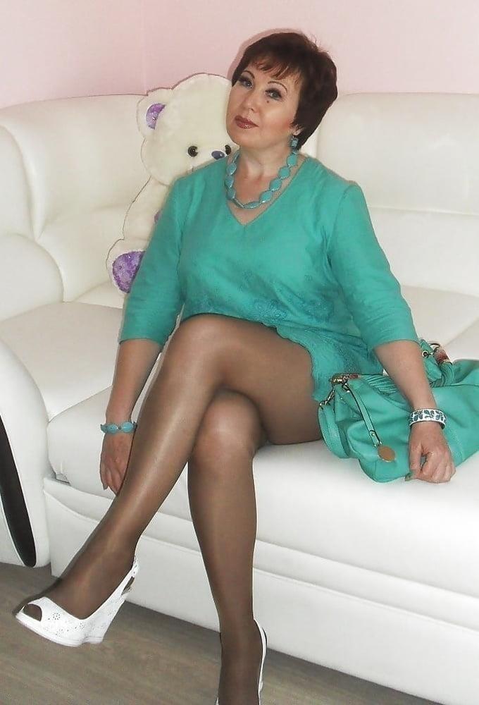 Amateur granny stockings pics-4507