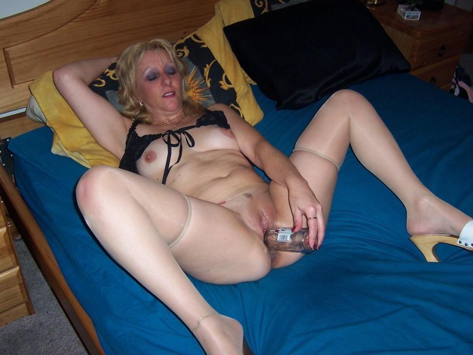Mature wife deep throat