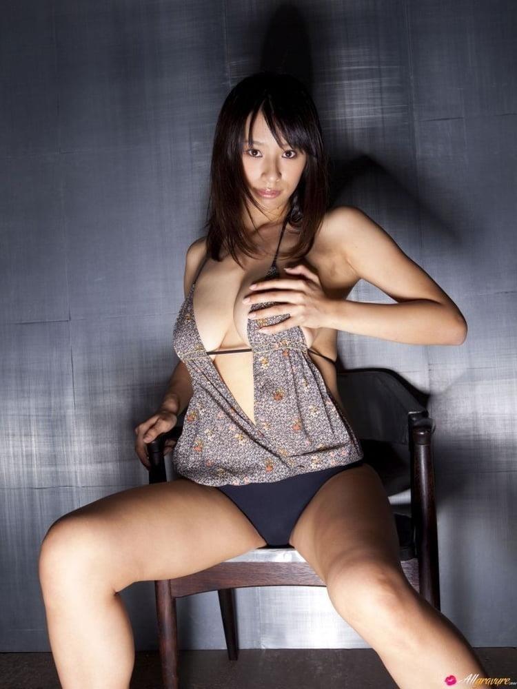 Public tits porn-7464