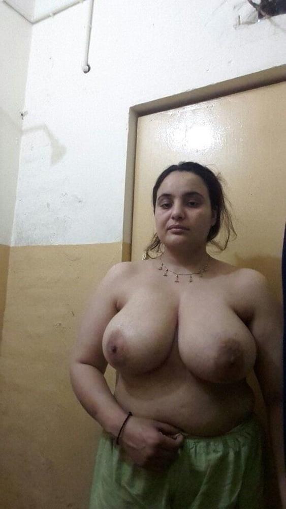 Big boobs lady pic-8188