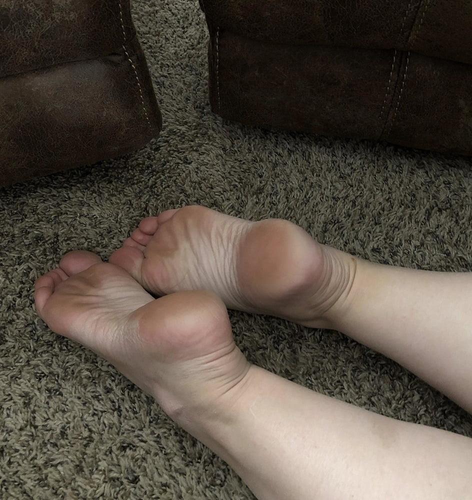 Iranian feet fetish-7400