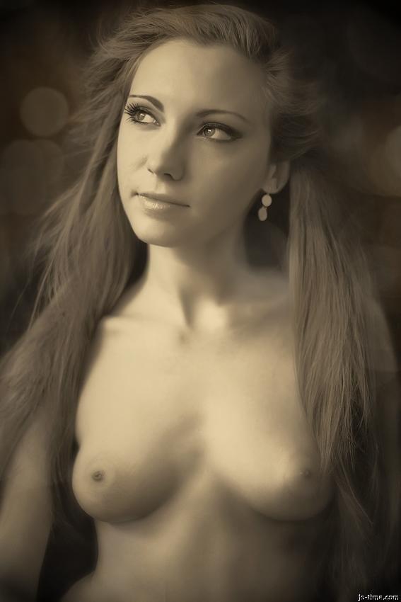 Sexy girls snogging-7136