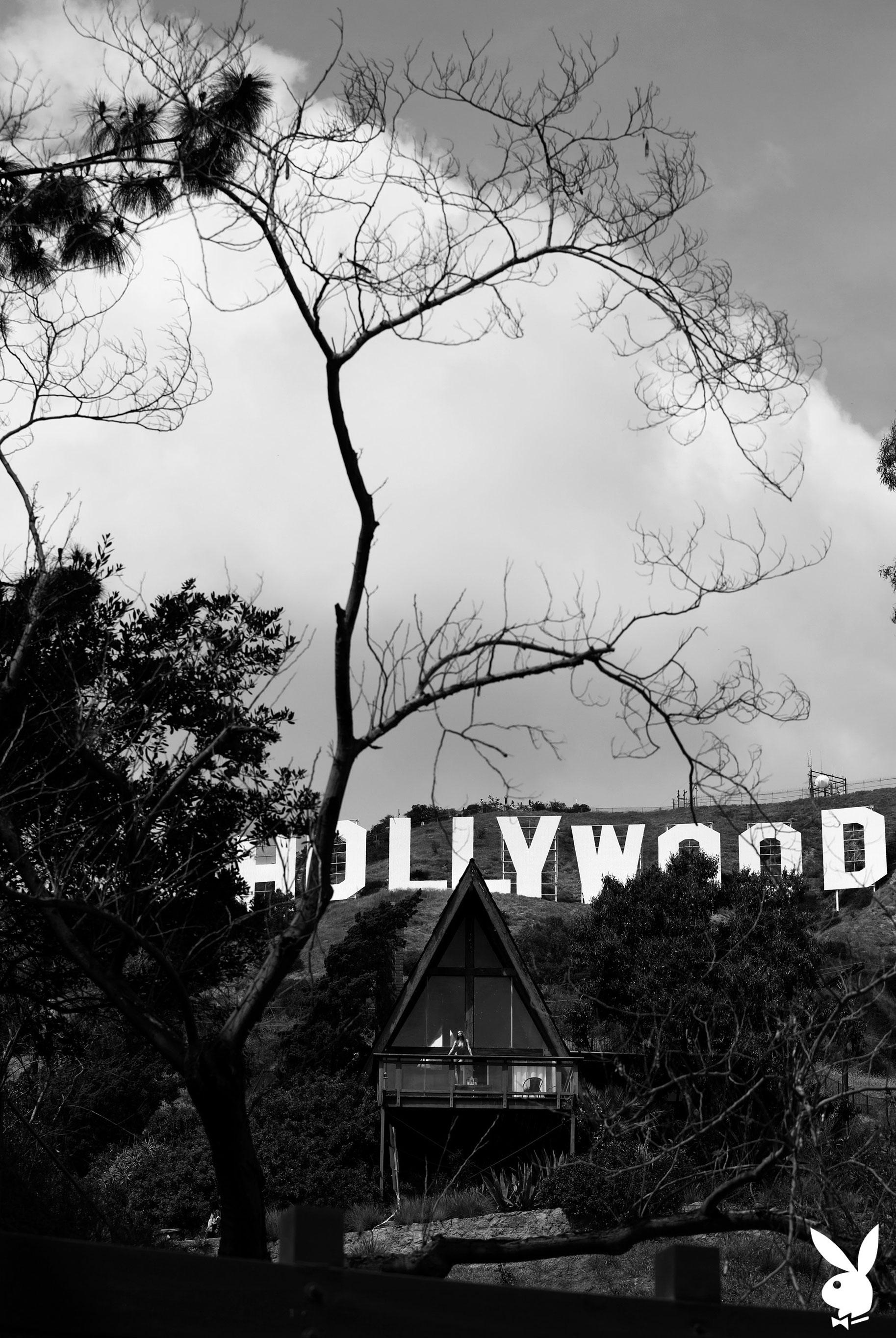 голая Адель Вакула в Голливуде и на страницах журнала Playboy / фото 10