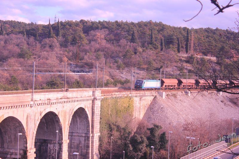 Talijanske željeznice - Rete Ferroviaria Italiana (Trenitalia, Trenord, Ferrovie Emiliane-Romagne,.....) - Page 6 ARF33rJi_o
