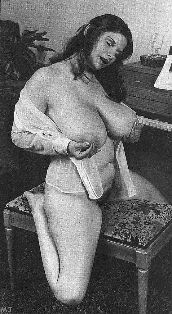 Retro big boobs pics-5096