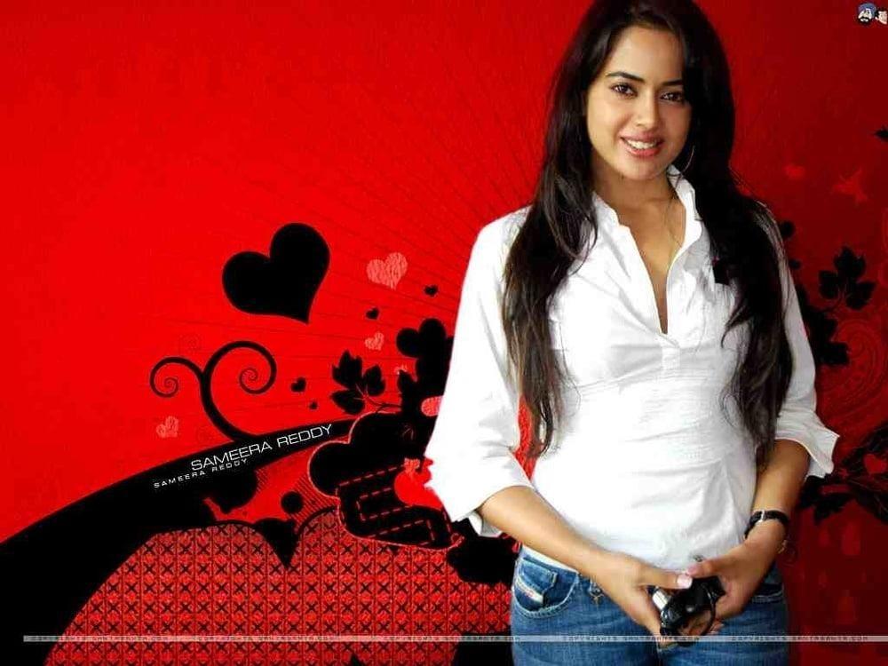 Sameera reddy sexy photos-9359
