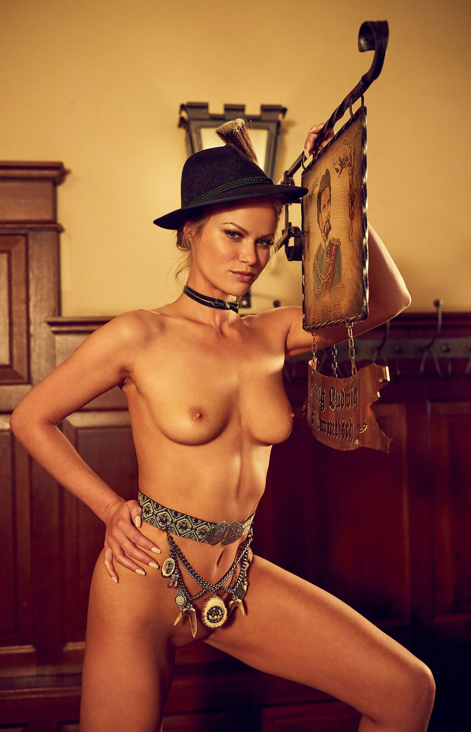 Наташа Хофманн - Мисс Октоберфест Playboy Германия / фото 13
