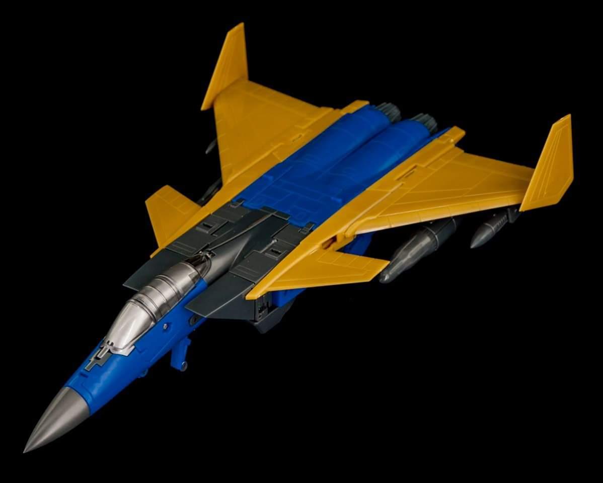 [Maketoys] Produit Tiers - Jouets MTRM-15 Endgame (aka Dirge/Funébro), MTRM-16 Jetstream (aka Thrust/Fatalo) & MTRM-17 Booster (aka Ramjet/Statoréacto) B2l7NZQ9_o