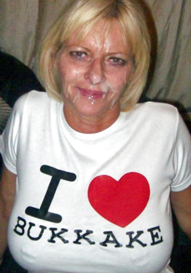 She loves bukkake-2079