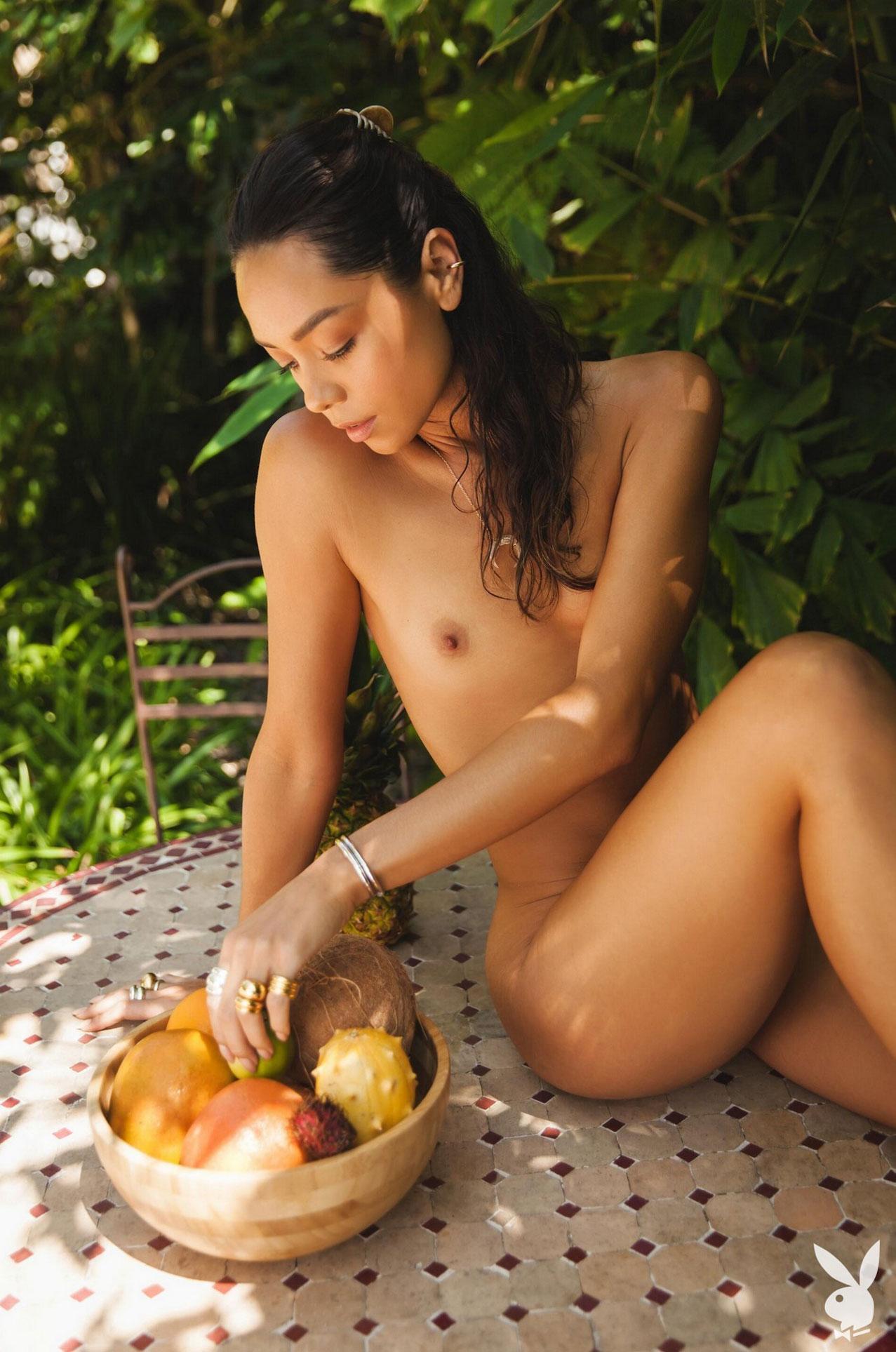Девушка месяца Даниэлла Алькараз, Playboy США сентябрь 2020 / фото 11